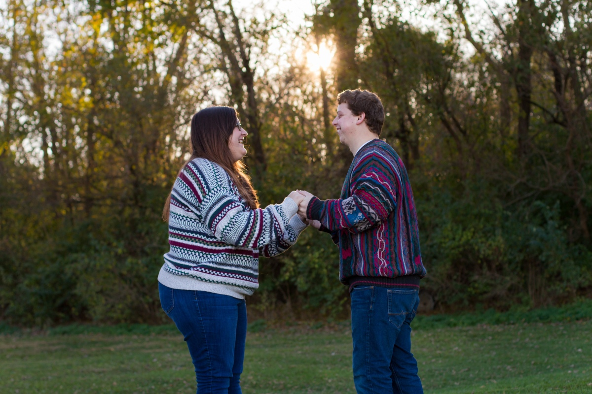 Eric & Laini | Central Illinois Engagement Photography